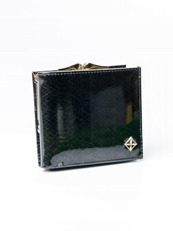 Čierna dámska koženková peňaženka 3006