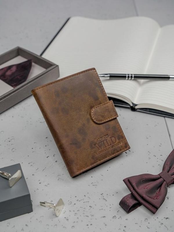Hnedá pánska kožená peňaženka 3131