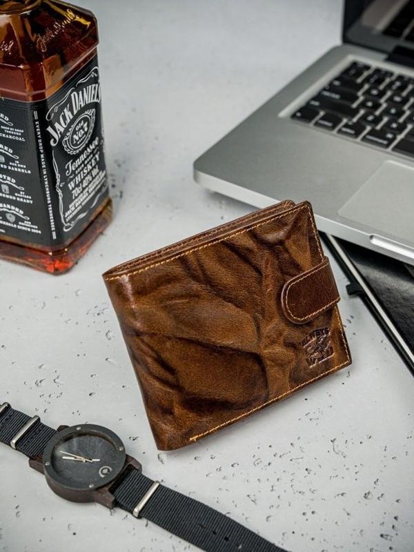 Hnedá pánska kožená peňaženka  3204